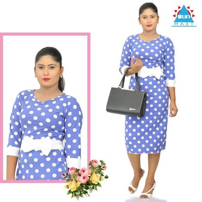 Picture of Polka dot print three quarter sleeve dress