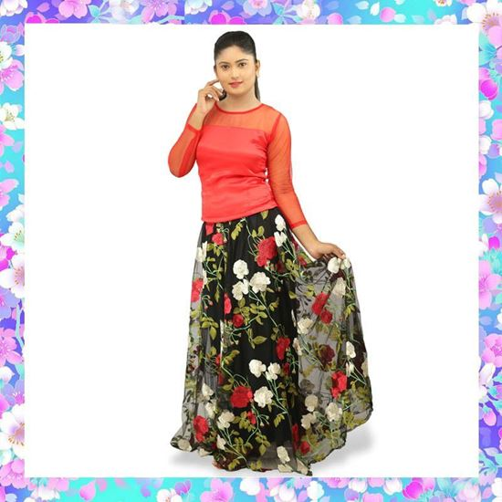 Picture of Skirt & Blouse with Embroidery Roses