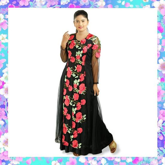 Picture of Long Kurtha Top & Skirt with Embroidery Roses