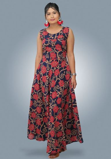 Picture of Backside Designed Round Necked Sleeveless Maxi Dress