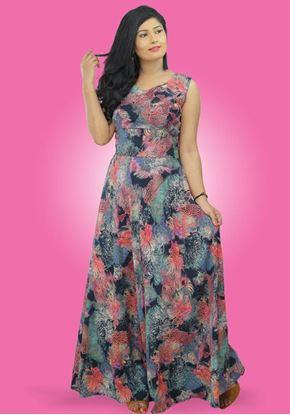 Picture of Backside Designed Round Necked Sleeveless Maxi Flared Dress